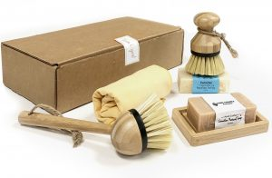 Cleaning set with eco friendly products