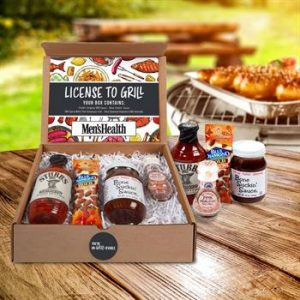 BBQ gift kit including BBQ sauce and almonds