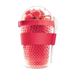 red chilling cups for snacks