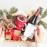 How to Build the Perfect Holiday Gift Box – Gifting Made Easy